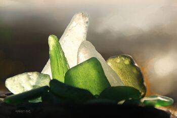יש מאין סדרת צילומים של אור מים וזכוכית.