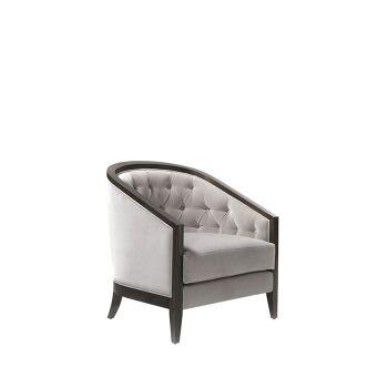 כורסא עם גב קפיטונג' בשילוב עץ