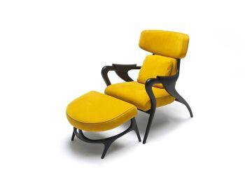 כורסא והדום צהוב