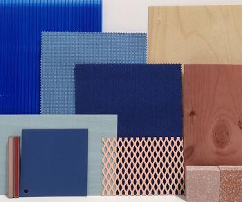 לוח חומרים בגווני כחול