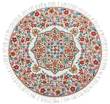 דגם 18 – שטיח צמר עגול וצבעוני לבית