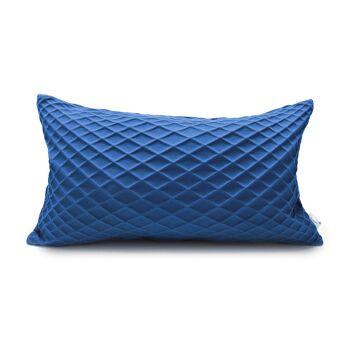 כרית מלבנית כחול רויאל עם הדפס גאומטרי תלת מימדי