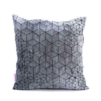 טין – כרית אוריגמי בגוון אפור ושחור