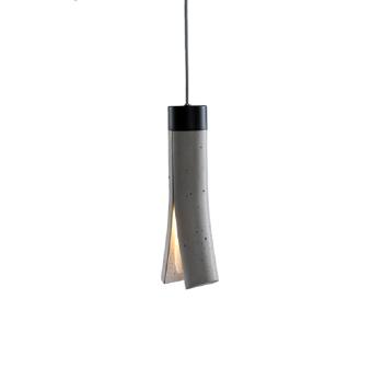 SPLIT מנורה תלויה מבטון בצבע אפור כהה