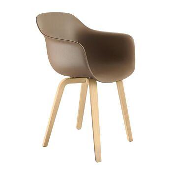 כסא Substance חום