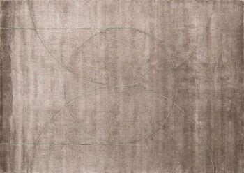 שטיח חום כהה עיגולים