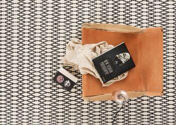 שטיח פטרן שחורלבן