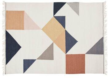 שטיח גאומטרי בגווני פסטל