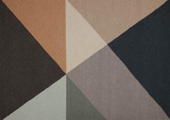 שטיח גאומטרי משולשים