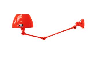 תאורת קיר בצבע אדום