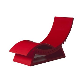 מיטת שיזוף בצבע אדום