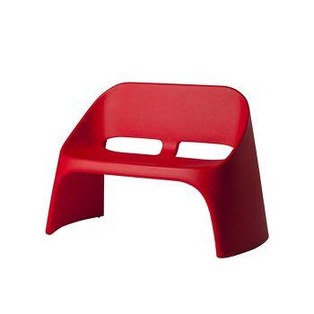 ספה דו מושבית מינימלסטית אמלי בצבע אדום
