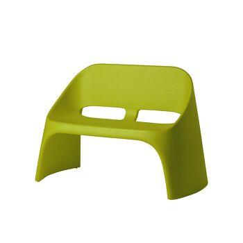 ספה דו מושבית מינימלסטית אמלי בצבע ירוק
