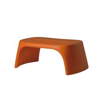 ספסל גינה מינימלסטי בצבע כתום