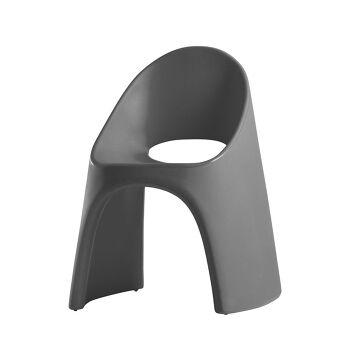 כסא אוכל מינימלסטי אמלי בצבע אפור