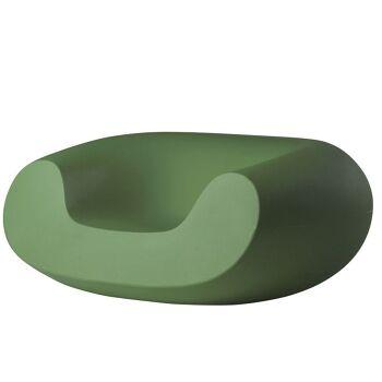כורסת גן בעיצובו של מרסל וונדרס בצבע ירוק