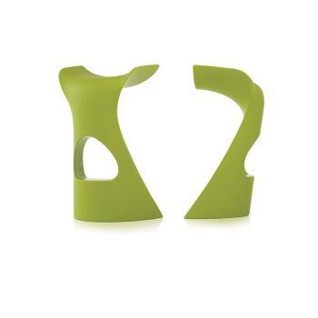 כסא בר מינימלסטי בעיצובו של קארים ראשיד בצבע ירוק