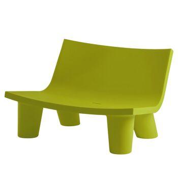 ספה ליטא בצבע בעיצובה של פאולה נבונה בצבע ירוק