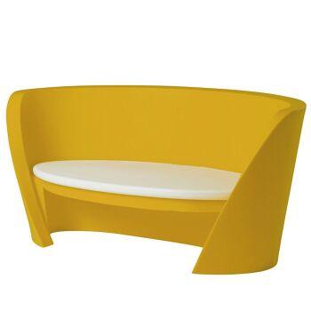 ספת גן בעיצוב קארים ראשיד, בצבע צהוב