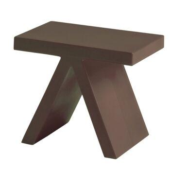 שולחן צד בצבע חום