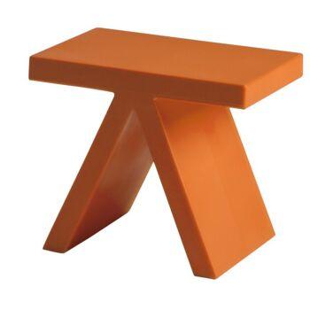 שולחן צד בצבע כתום